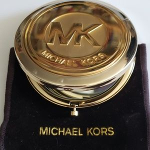 🆕️Michael Kors Gold Compact Mirror